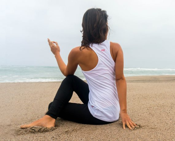 anaia-caceres-laal-yoga